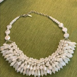 White Beaded Necklace in lovely condition